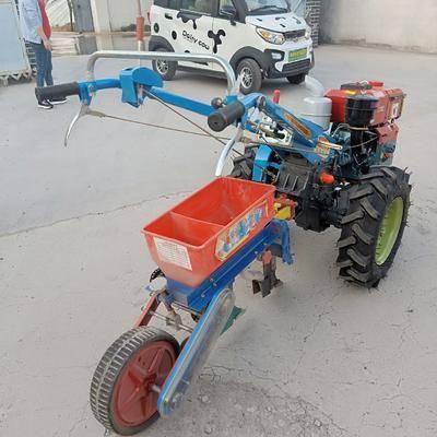 山東省濟寧市曲阜市播種器 手扶車帶的玉米播種機