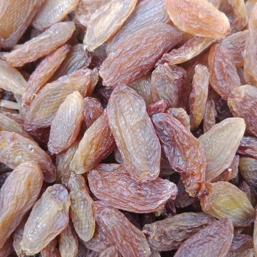 新疆维吾尔自治区吐鲁番市高昌区 新疆特产红香妃无核葡萄干 优等 超大颗粒 干果 零食