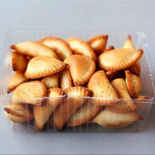 四川省成都市金牛区坚果燕麦酥 厂家直销手工蔬菜卷燕麦酥黄金饺子休闲食品地摊热卖10元模式
