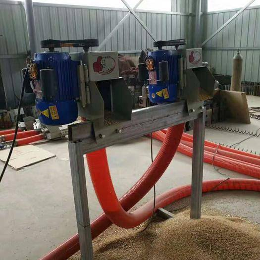 河南省郑州市荥阳市 3米到30米软管吸粮机厂家直销锰钢绞龙耐磨韧性好