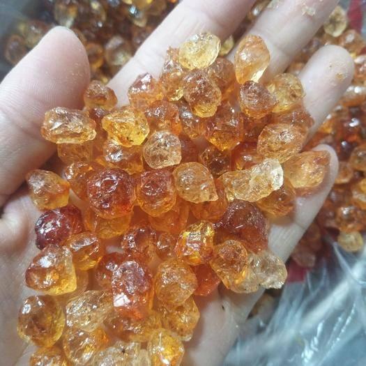 湖北省襄陽市棗陽市食用桃膠 小珍珠顆粒膠,透亮,干凈無雜質