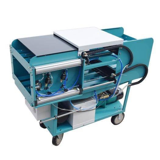 湖北省隨州市曾都區水閥 雙頭循環式8棒注水機,省時省力。一次8棒,出水精準,多個針孔