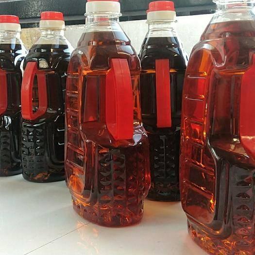 内蒙古自治区呼伦贝尔市阿荣旗 笨榨豆油非转基因自然沉淀半年以上,颜色重味道好