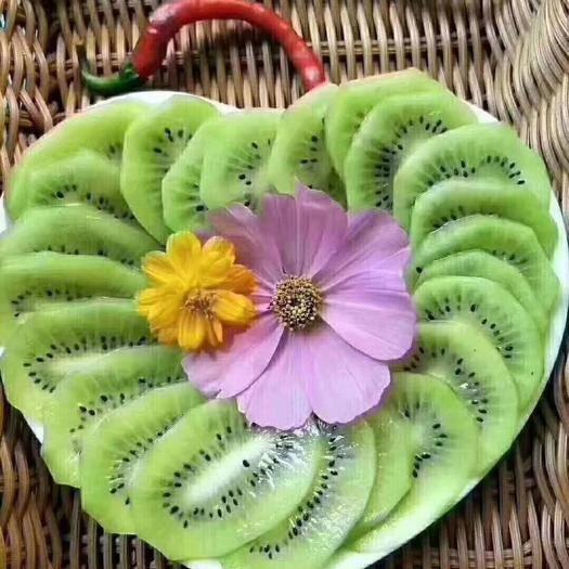 陜西省寶雞市眉縣 你吃過許多產地的獼猴桃  可是你么有吃太白山雪山下的獼猴桃