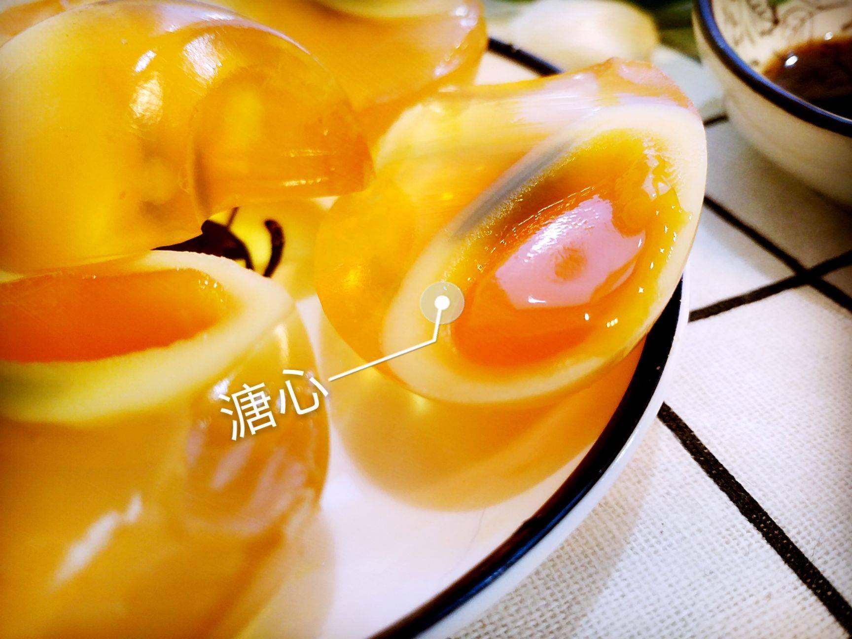 [无铅皮蛋批发] 农家手工变蛋溏心无铅皮蛋松花蛋糖心变鸡蛋安徽特产30枚包邮价格36.9元/箱