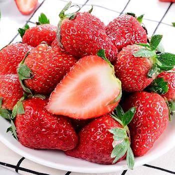 正宗新鲜红颜草莓,5斤装,顺丰发货