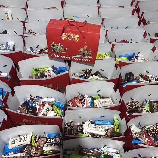 黑龍江省哈爾濱市通河縣俄羅斯混合糖 混合糖三斤大禮包秒殺。  俄羅斯進口3斤混合糖大禮包,帶禮品
