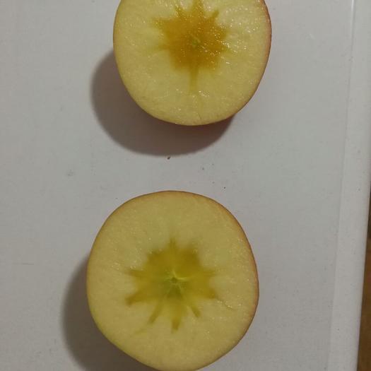 重慶市彭水苗族土家族自治縣阿克蘇冰糖心蘋果 紙+膜袋 全紅 80mm以上