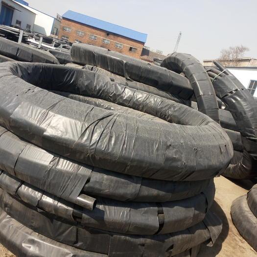 山東省濟南市萊蕪區PE管 黑色塑料管滴灌噴灌所需主管毛管,可露天、地埋使用,使用年限長
