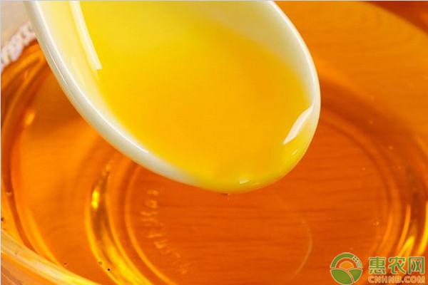 亚博-2019年玉米油价格多少钱一斤?玉米油和花生油哪个好?