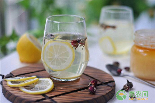 喝柠檬水有哪些功效?是否能减肥?