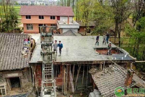 申请房屋翻建审批的具体程序