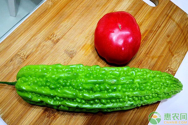 苦瓜加西红柿汁的制作方法