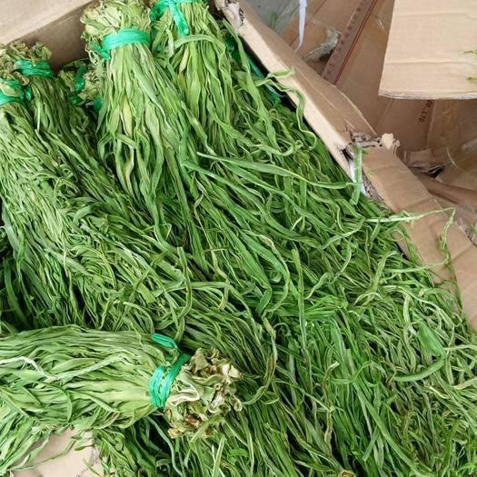 大理宾川县贡菜 本地货源,纯天然绿色食品。看清脆,占地面积有5000多亩。