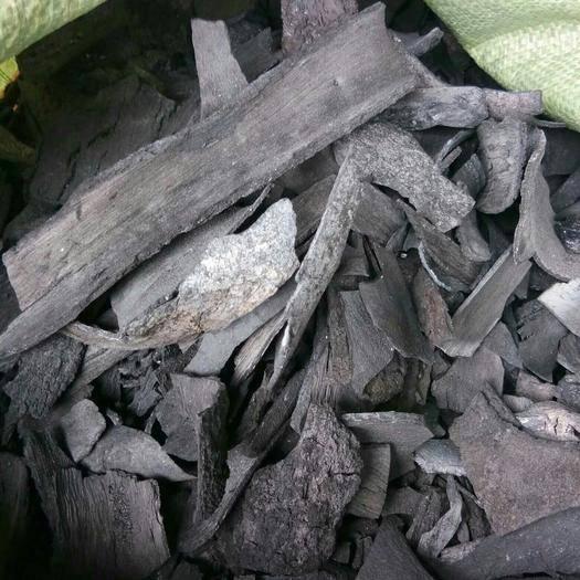 贵港桂平市 大量供应果木炭,木炭,烧烤炭,环保机制炭,型炭原料荔枝木炭皮