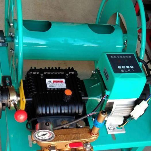 聊城东阿县打药车 遥控自动缠管48V60V通用,送50米管和高压直喷枪喷雾器,