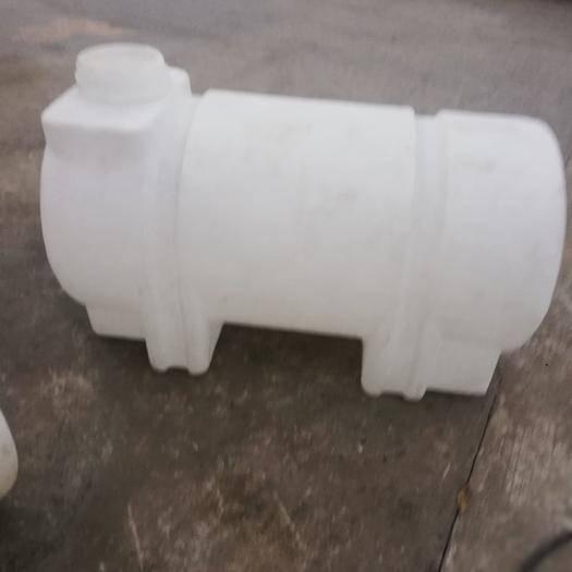 重慶江津 塑料水箱    車載臥式水箱    500L滾塑PE水箱