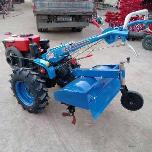 曲阜市 12馬力手扶拖拉機帶旋耕機  開溝機 起壟機土豆地瓜收獲機