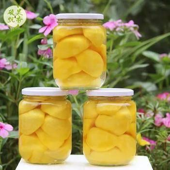 沂蒙山黄桃罐头,新鲜采摘。纯手工制作(一瓶1000克,)