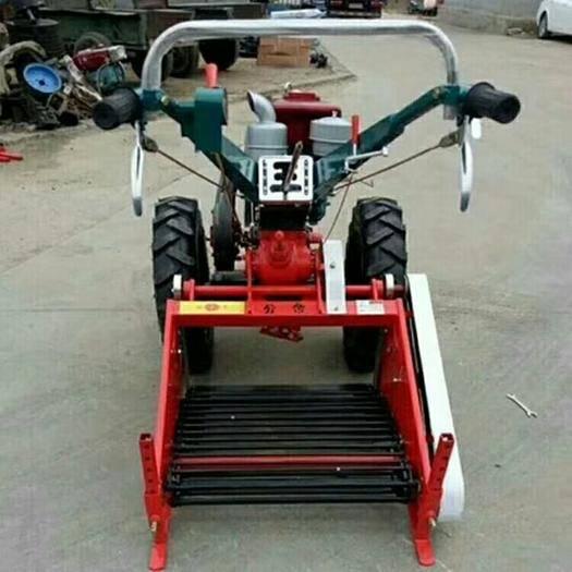 曲阜市 18馬力手扶拖拉機帶地瓜紅薯收獲機