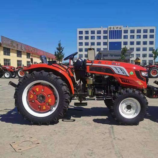 新泰市輪式拖拉機 大馬力四驅四輪拖拉機
