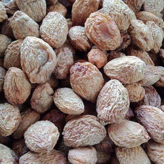 新疆维吾尔自治区克孜勒苏柯尔克孜自治州阿克陶县 2019年新鲜的新疆巴仁杏干,各种的都有,纯甜。