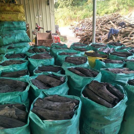 广西壮族自治区钦州市钦北区机制炭 出售荔枝碳,无杂材,可以现场看货。