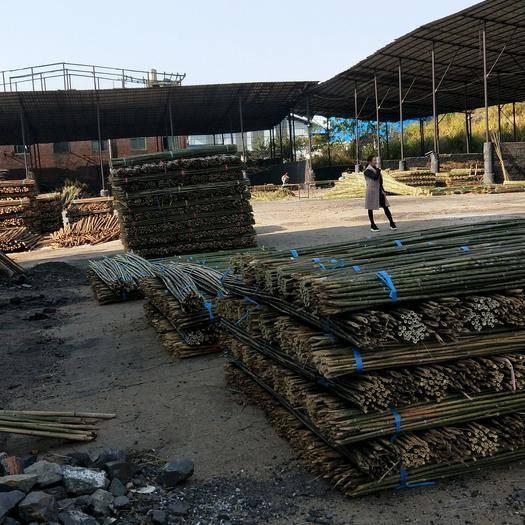 耒阳市 各位老板需要菜架竹,杉木棒的,随时联系我,愿为您服务