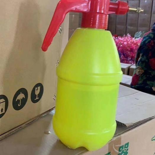 临沂河东区水壶 喷壶,两种颜色可选,可用浇水,消毒,质量超好