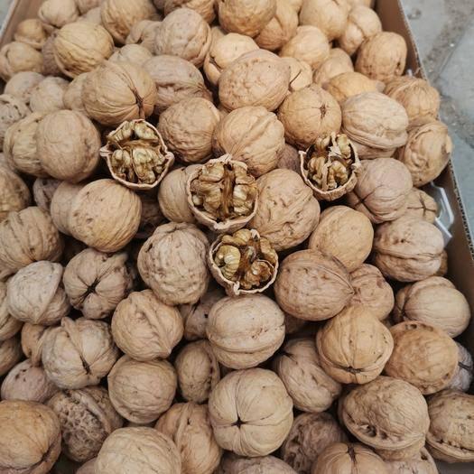 忻州原平市薄皮核桃 果肉饱满2019年新货(规格33-38)产地批发样品十斤起发