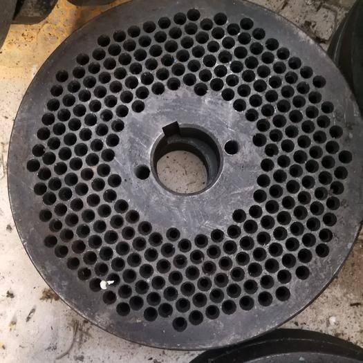 鄭州滎陽市顆粒機壓盤 顆粒機 壓輪 壓盤(3-8毫米)