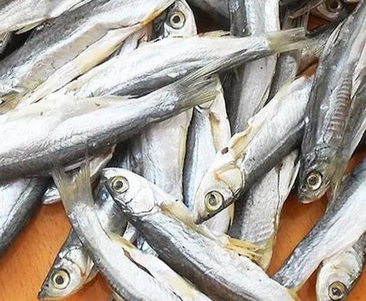 上海青浦餐鲦鱼 水库餐条鱼干,