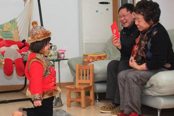 农村过年红包给多少?春节拜年给红包的习俗寓意介绍