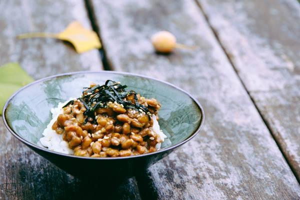 日本人抢购纳豆,纳豆到底是什么?和豆豉有哪些区别?