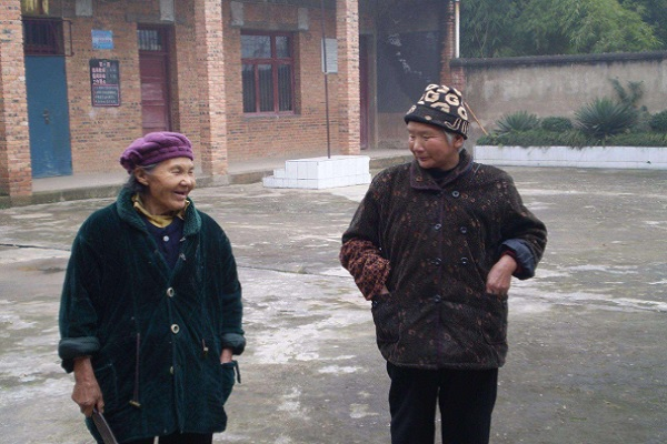 """2020年""""两会"""":建议建立农民退休制度,65岁以上就可以享受!"""