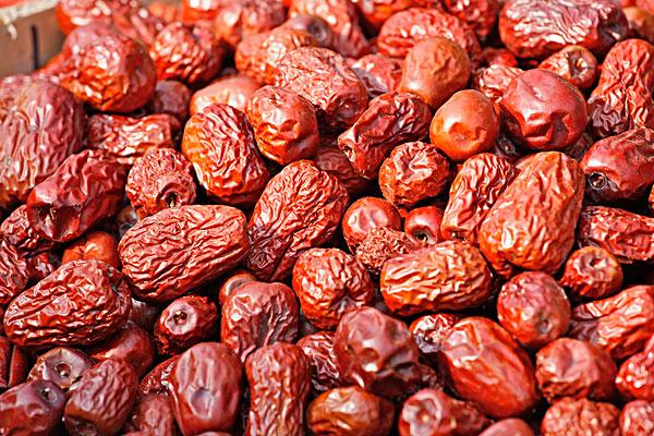 若羌红枣多少钱一斤?和灰枣的区别是什么?