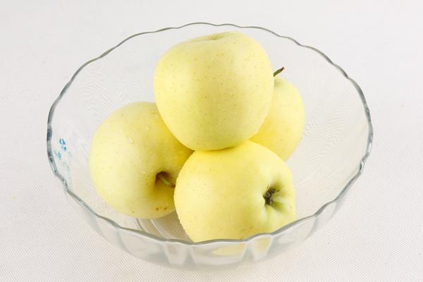 金冠蘋果價格多少錢一斤?和普通蘋果有何區別?