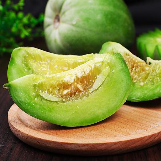 山东省潍坊市寿光市绿宝瓜 出售一棚绿宝八九千斤。33天   一个一斤半