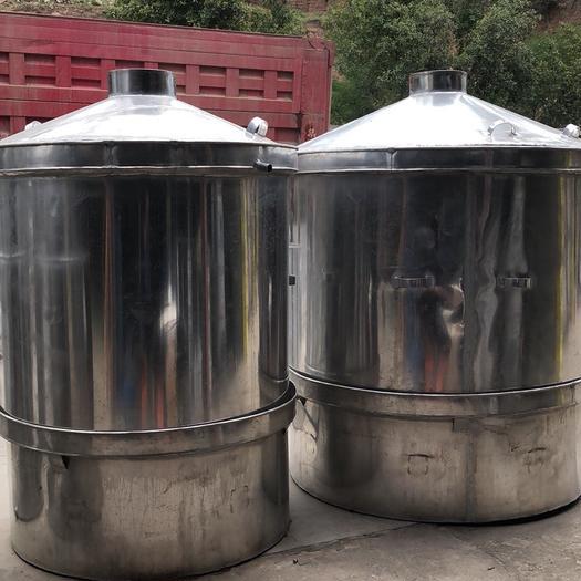 云南省红河哈尼族彝族自治州建水县香茅草 大量批发烤香茅油,桉树油,锅炉设备