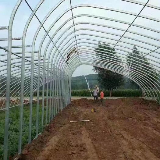 天津蔬菜大棚 日光温室是节能日光温室的简称,又称暖棚,有两边山墙维护后墙体