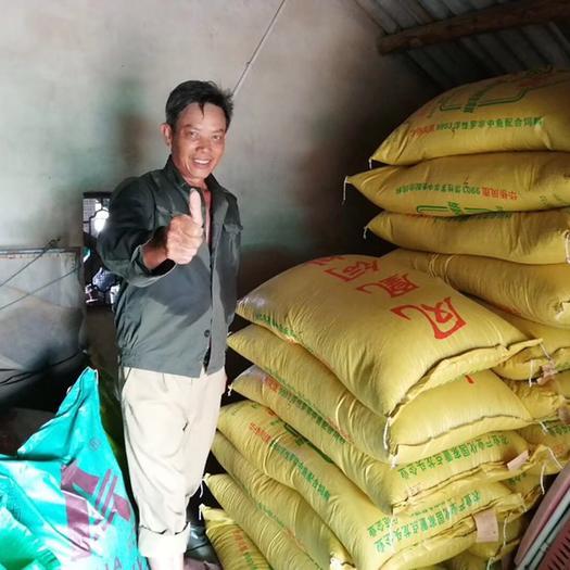 广东省湛江市吴川市 水产养殖饲料,草鱼饲料,四大家鱼饲料