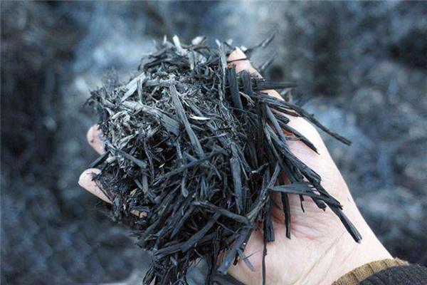 草木灰哪些植物不能用?草木灰如何使用?